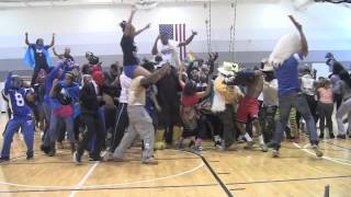 This is a Harlem Shake video created at Gwendolyn Brooks College Prep during a Team World Vision/Brooks marathon team pep...
