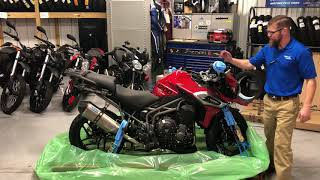 10. 2018 Triumph 1200 XRT in Korosi Red Uncrating @ Frontline Eurosports
