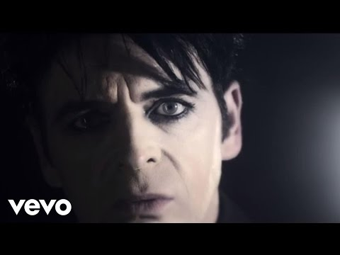 I - Taken from Gary Numan's new album Splinter (Songs From A Broken Mind) Buy the album on iTunes - http://po.st/NumanSplinteriTunes The 'I Am Dust' EP is AVAILABLE NOW featuring the original...