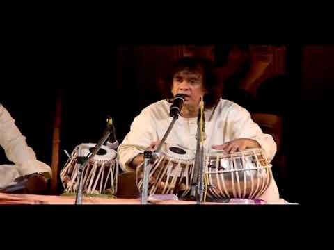 Video Ustad Zakir Hussain - Train Sound @ Konark Music and Dance Festival download in MP3, 3GP, MP4, WEBM, AVI, FLV January 2017