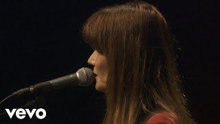 Carla Bruni - Quelqu'un M'a Dit (Live)