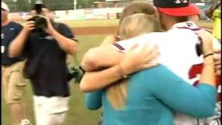U.S. Army Major, Home Early, Surprises His Wife at a Baseball Game