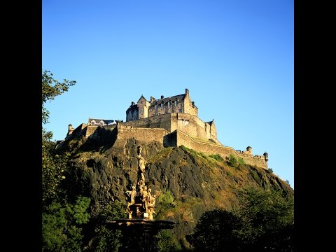 Edinburgh - Find out what museums in Edinburgh are free, where is best to try haggis and more with Hostelworld.com's Colm Hanratty.