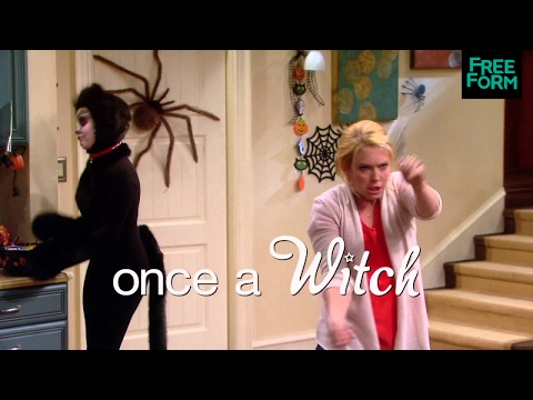 Melissa & Joey (2014 Halloween Special Preview 2)