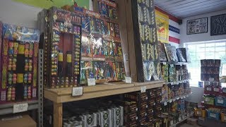 Video Going Fireworks Shopping At The Cheapest Store In PA MP3, 3GP, MP4, WEBM, AVI, FLV Oktober 2018