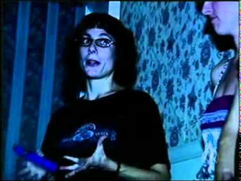 Reporter passa a noite em um hotel assombrado nos EUA