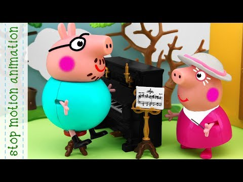 Daddy Pig's Piano Peppa Pig tv toys stop motion animation in english