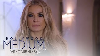 Video Carmen Electra Connects With Late Mother | Hollywood Medium with Tyler Henry | E! MP3, 3GP, MP4, WEBM, AVI, FLV Juni 2018