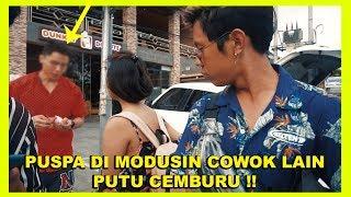 Video SURUH PUSPA SELINGKU SAMA COWOK LAIN DEPAN PUTU !!! Ft. Nyok Omdar MP3, 3GP, MP4, WEBM, AVI, FLV Juni 2019
