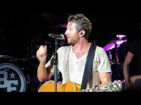 "Brett Eldredge ""The Long Way"" Live @ PNC Arts Center"