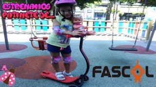 Nenuco y yo nos vamos en Patinete al parque - Las aventuras de mi bebe - Patinete Fascol