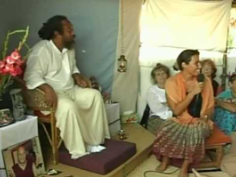 Mooji Video: You Don't Have to Try to Manage Life