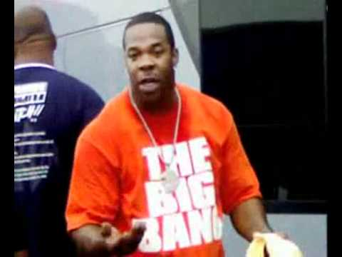 Busta Rhymes putting an ignorant fan in her place