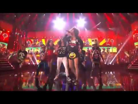 (HD) LMFAO - Party Rock Anthem Live &  I`m Sexy And I Know It Live -  AMA 2011