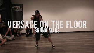 Video Versace On The Floor - Bruno Mars | Beginner Class | Faruq Suhaimi Choreography download in MP3, 3GP, MP4, WEBM, AVI, FLV Mei 2017