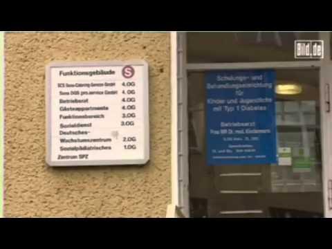 DE-12-BILD.DE: Der Student wohnt in einem leerstehenden Krankenhaus!