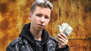 Du möchtest als Jugendlicher schon viel Geld verdienen?In diesem Video zeige ich dir, wie du deine Fähigkeiten zu baren Geld machen kannst!________________________________________________________________Erfahre die exakten Schritte zum Erfolg und wie ich mir ein Leben nach meinen Vorstellungen erschaffen konnte:►► https://entrepreneur-fastlane.com/erfolg________________________________________________________________In diesem Kurs zeige ich dir, wie ich mir eine Reichweite von über 1,2 Mio Menschen im Internet aufbaute und diese Reichweite dann monetarisierte und wie DU diese Strategien kopieren und selbst anwenden kannst, um deine Reichweite und deinen Umsatz zu verdoppeln!►► https://entrepreneur-fastlane.com/smms________________________________________________________________Hier geht es zum Leasing Video: https://youtu.be/CiRSRJJIk4E________________________________________________________________Du möchtest eine Saftkur machen oder einfach nur Säfte in höchster Qualität?Meine Säfte von der Yuicery findest du hier:►► https://yuicery.de/________________________________________________________________Mache den kostenlosen Fitness Test und erhalte meine 3 besten Tipps für deine Situation und dein Ziel:►► https://www.karl-ess.com/koerpertyp________________________________________________________________Bodywork360 - Endlich richtig Muskeln aufbauen mit dem richtigen Trainings- und Ernährungssystem:►► https://bodywork360.com/bw360________________________________________________________________Bodywork360 SHRED - Verliere endlich dein lästiges Bauchfett. Starte deine 12-Wochen-Transformation hier:►► https://bodywork360.com/bodywork-shred________________________________________________________________Vegan werden in nur drei Wochen!Wie du deine komplette Ernährung auf vegan umstellst inklusive Anleitungen mit veganen Rezepten und veganen Ersatzprodukten►► https://bodywork360.com/go-vegan________________________________________________________________Das richtige Online-C
