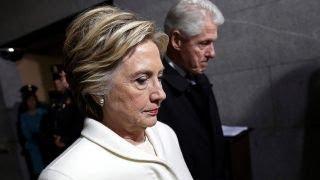 Video Tucker: Clinton dynasty crumbles MP3, 3GP, MP4, WEBM, AVI, FLV Juni 2019