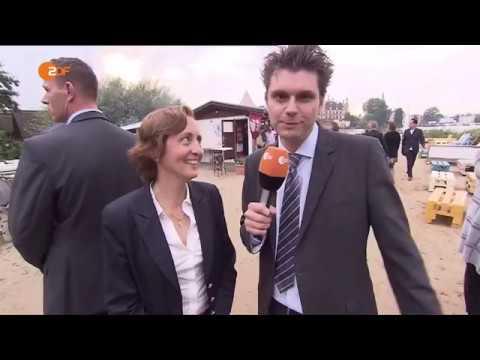 AfD: Lutz van der Horst bei der AfD-Wahlparty Mecklen ...