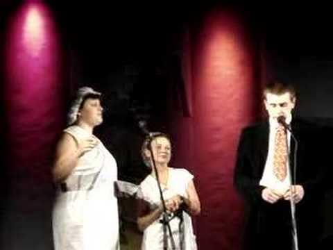 Kabaret Babeczki z Rodzynkiem - W restauracji