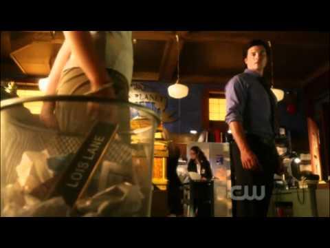 Smallville / I am the Blur/ season 10 1/2 recap.