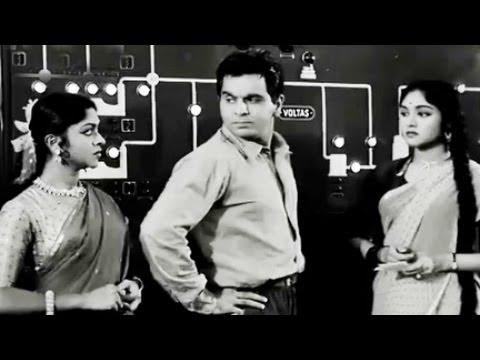 Video Dilip Kumar insults Vyjayantimala, Paigham - Scene 8/19 download in MP3, 3GP, MP4, WEBM, AVI, FLV January 2017