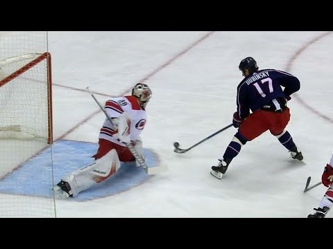 Video: Dubinsky unleashes backhand move to score on Cam Ward