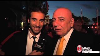 Flamini jokes with Galliani