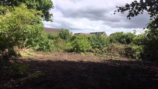 Excavator reclaims garden | IPhone 6 time lapse |