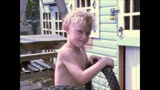 Video Leeds Gypsy and Travellers; Documentary - Shocking Life Expectancy MP3, 3GP, MP4, WEBM, AVI, FLV Desember 2018