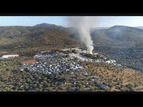 Επεισόδια στη Μόρια μετά από πυρκαγιά εντός του καταυλισμού