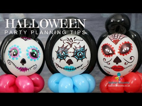 How to plan a Halloween party. Top tips and party decoration ideas from Balloon Artworks