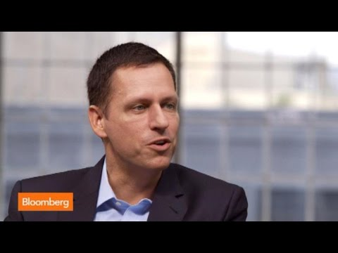 "Company - Sept. 17 (Bloomberg) -- Palantir Co-Founder Peter Thiel discusses Yahoo and Hewlett-Packard. He speaks with Bloomberg's Emily Chang on ""Studio 1.0."" (Source: Bloomberg) -- Subscribe to..."