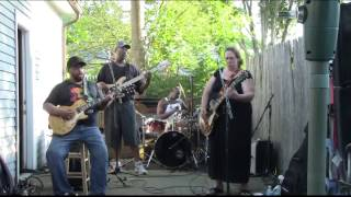Video Unbelievable  Version of Walkin' Blues Joanna Connor Band @ Carty BBQ in Norwood MP3, 3GP, MP4, WEBM, AVI, FLV April 2019