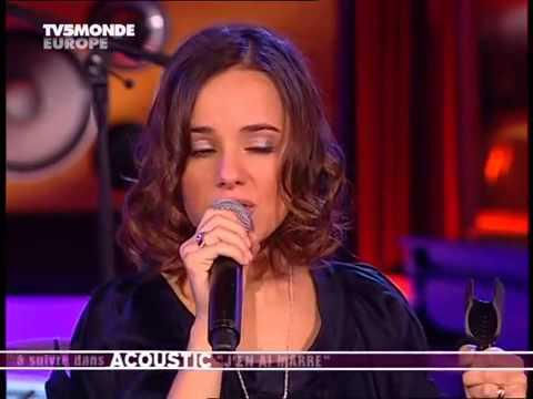 Alizée - acoustic concert - Melle Juliette, 50 60, Psychédélices, J'en ai marre, par les paupières (видео)