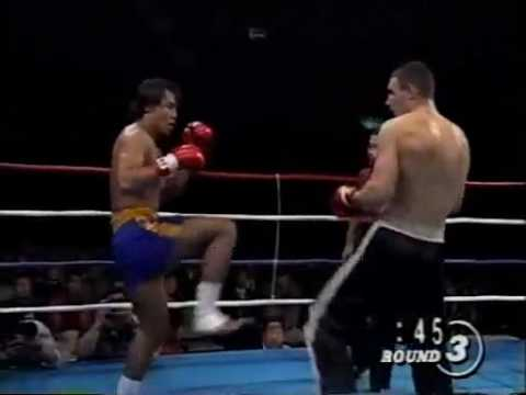 kickboxing - The greatest heavyweight fighter of all time fighting Ryushi Yanagisawa in old school kick boxing fight.