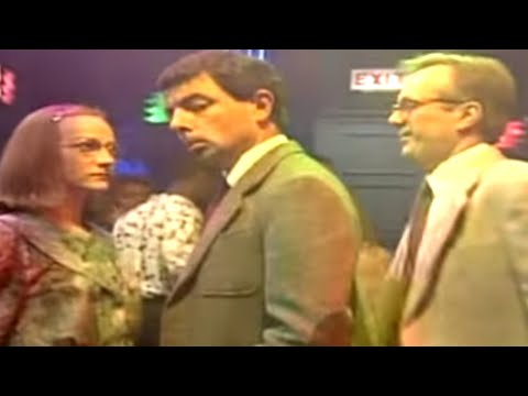 Mr Bean – Dancing at a nightclub