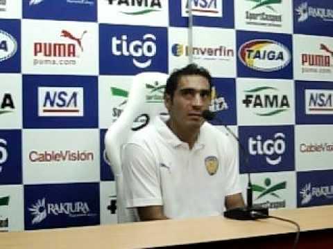 Édison Giménez en rueda de prensa