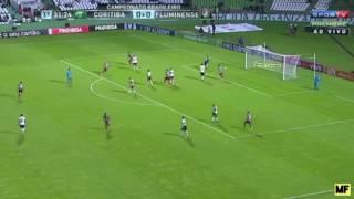 Golaço de Richarlison contra o Coritiba! Imagens: Sportv e Premiere!