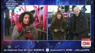 New Year's Eve Live 2015 Anderson Cooper Kathy Griffin Times Square New York (9/17)