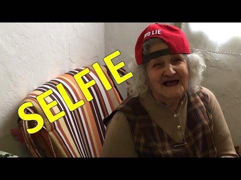 nonna pazza per i selfie! - ipantellas
