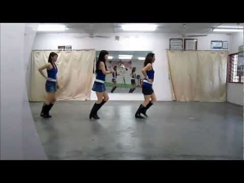 Sittrop - Choreographer : Francien Sittrop (June' 2012) Music : Hot Sexy Mama by Bouke Descriptions : 64 count - 4 wall - Beginner level line dance Intro : Start after...