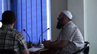 Dua të mbulohem por burri më thotë: Nëse mbulohesh ti nuk ke jetë më me mua - Hoxhë Bekir Halim