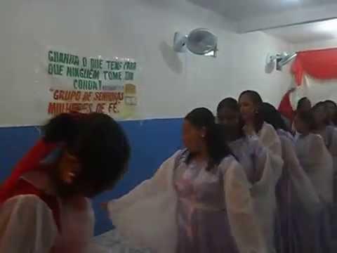 coreografia Rei Acabe em Madre de Deus, igreja Poder Divino