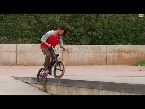 BMX IN BARCELONA with Alex Kennedy, Dakota Roche, Ben Lewis & Ed Zunda