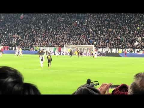 Juventus - Tottenham 2-2 13/02/2018 2-0 Higuain (R)