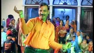 New forms of dance in india. watch this funny sharabi dancing in indian wedding. if u like this video pls subscribe..