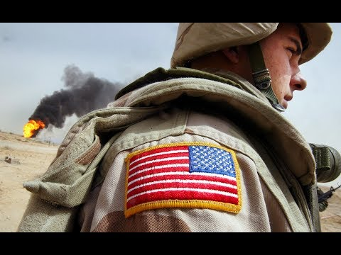 Here's why the American flag is reversed on military uniforms (видео)