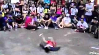 Battle Breakdance enfant contre adulte ! Video