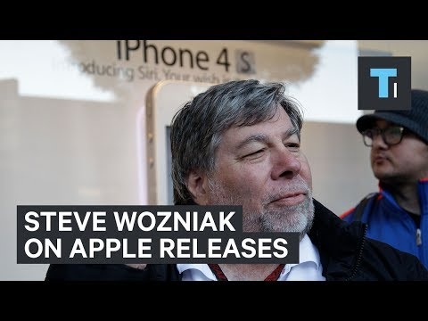 Even Steve Wozniak Waits for Apple Products